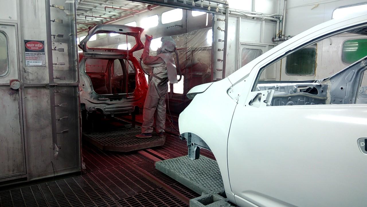 Sơn màu cho khung xe ô tô